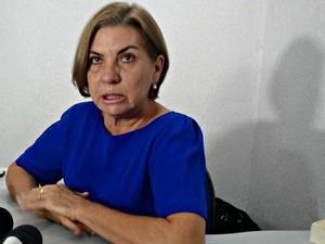 Secretária municipal de Saúde diz que mulher está sendo acompanhada  (Foto: Adelcimar Carvalho/G1)