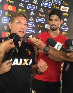 Oswaldo de Oliveira e Túlio de Melo Sport (Foto: Lucas Liausu)