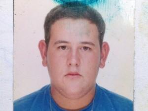 Ricardo Ferreira Gama, funcionário da Unifesp morto em Santos, SP (Foto: Reprodução/TV Tribuna)