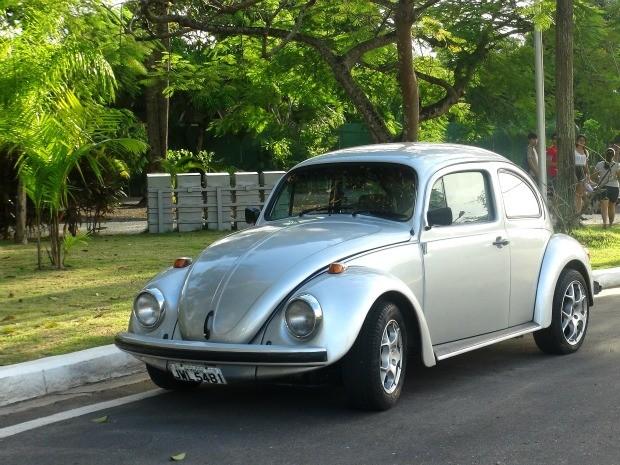 Criadores afirmam que o 'Eco Fusca' é o primeiro carro elétrico construído no Brasil (Foto: Divulgação / Acervo pessoal)
