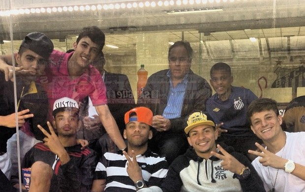 Jogadores Santos Vila Belmiro (Foto: Reprodução  / Instagram)