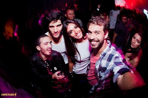 Felipe Mar, Macello, Nicole Bahls e Raul Aragão (Foto: Acervo pessoal)