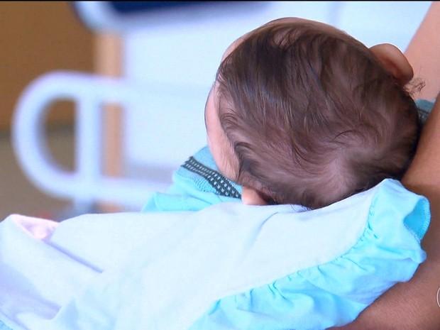 Pesquisa identifica danos que o vírus da zika provoca no cérebro dos bebês (Foto: Rede Globo)