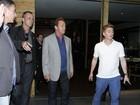 Arnold Schwarzenegger é flagrado saindo de churrascaria no Rio