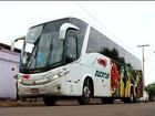 Passageiros são agredidos durante assalto a ônibus na BR-452, em Goiás