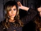 De shortinho, Sabrina Sato interpreta cantora e DJ em catálogo de moda