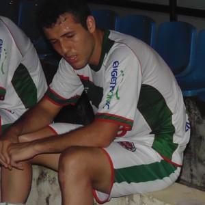 Zagueiro Marquinhos marcou contra e definiu vitória do Saci (Foto: Wilkson Tarres/Globoesporte.com)