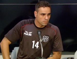 Gustavo, zagueiro da Ponte Preta (Foto: Reprodução / EPTV)