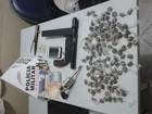 Três jovens são presos com armas e drogas em Governador Valadares