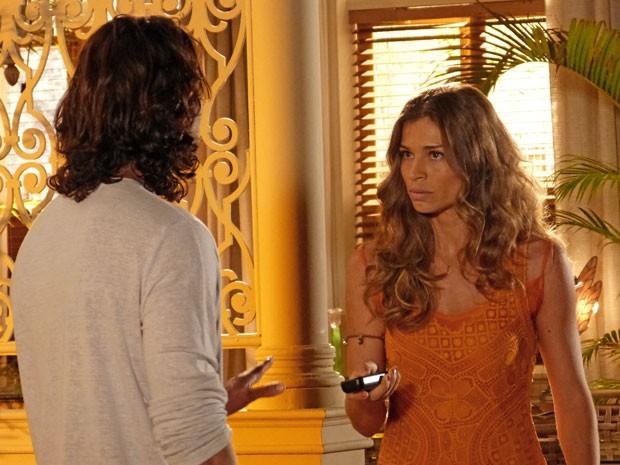 Ester exige tirar a história à limpo com Dom Rafael (Foto: Flor do Caribe / TV Globo)