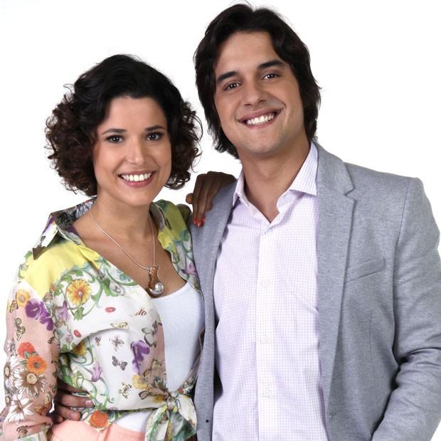 Com Guilherme Boury, seu par romântico na nova versão de 'Chiquititas' (Foto: Divulgação/SBT)