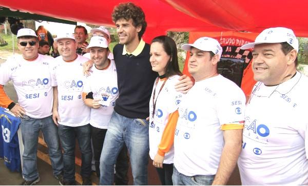 Guga participou do Ação Global em Dionísio Cerqueira (Foto: Marcelo Borges/Divulgação)