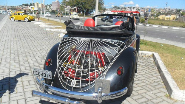 Internautas homenageiam o Fusca
