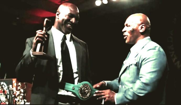 Holyfield e Tyson juntos em evento (Foto: Reprodução TV Globo)