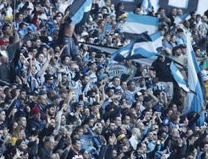 Torcida do Grêmio lota espaço da Geral para recepcionar Renato (Foto: Wesley Santos/Agência PressDigital)
