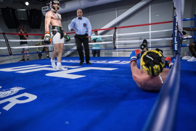 Conor McGregor, Paulie Malignaggi; treino (Foto: Reprodução Instagram)