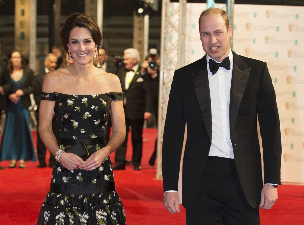 Kate Middleton e príncipe William no tapete vermelho do Bafta 2017 (Foto: Daniel Leal-Olivas/Pool via AP)