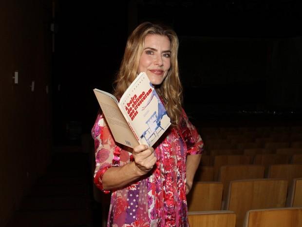 Maitê Proença em teatro na Zona Sul do Rio (Foto: Thyago Andrade/ Foto Rio News)
