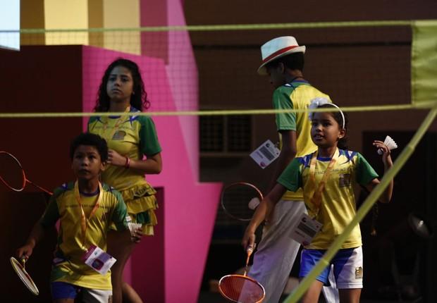 As crianças do projeto Miratus, que tem formado campeões de badminton (Foto: Rciardo Cardoso/Editora Globo)