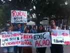 Protesto rene alunos e professores de universidades em greve no Rio