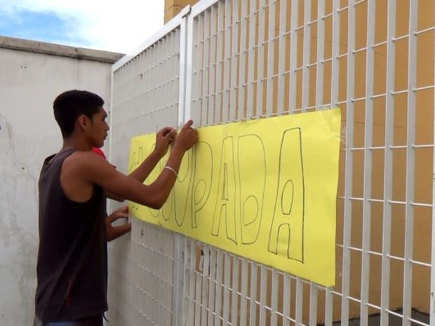 Escola Jardim Santa Clara, em Campinas, foi ocupada por alunos (Foto: Reprodução / EPTV)