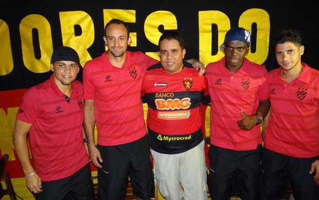 Jogadores do Sport em Maceió (Foto: Lula Moraes/Globoesporte.com/PE)
