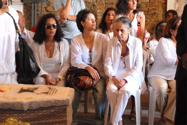 Velorio Dona Cano - Maria Bethania (Foto: Romildo de Jesus/Fotorio News)