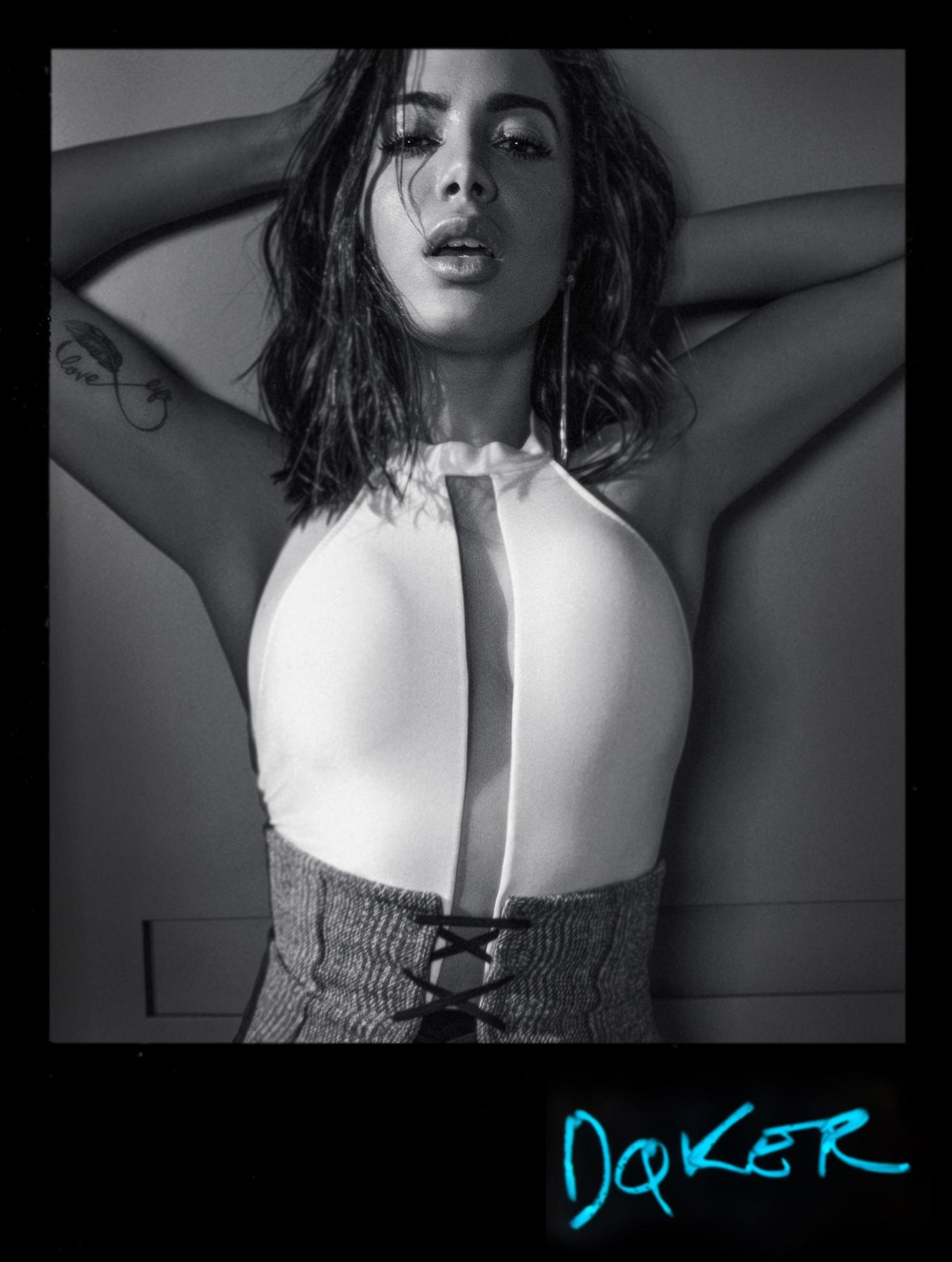Anitta por Jacques Dequeker para Vogue Brasil  (Foto:  )