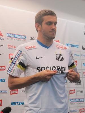 Bruno Uvini zagueiro Santos (Foto: Flavio Meireles)