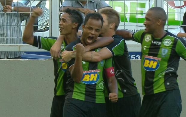 Mancini, meia do América-MG, comemora gol marcado no clássico (Foto: Reprodução / TV Globo Minas)