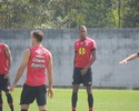 Bruno Furlan reaparece no CT, e Luiz Gustavo treina com o Joinville