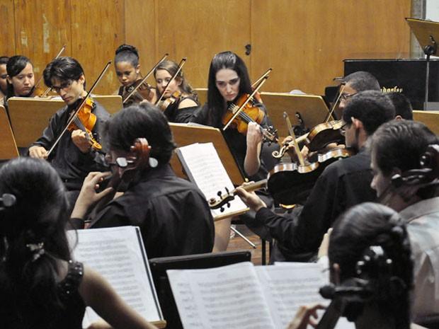 Orquestra Sinfônica Jovem faz concerto com temas natalinos na Paraíba (Foto: Divulgação/Funesc)