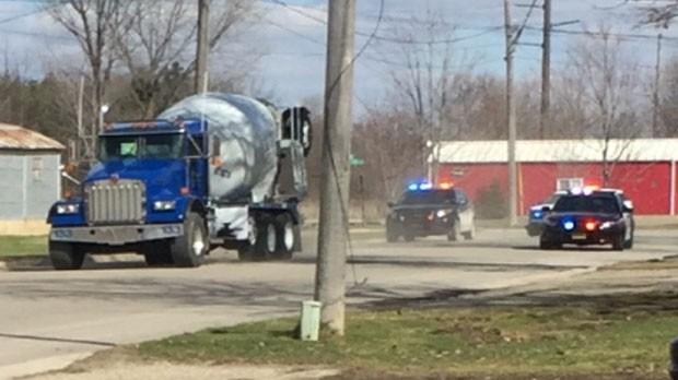 Menino de 11 anos foi perseguido pela polícia após roubar caminhão betoneira (Foto: MSNBC)