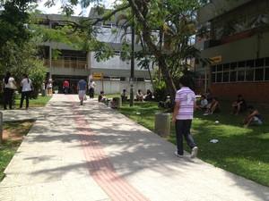 Movimento foi grande antes do começo da prova no CSE (Foto: Joana Caldas/G1 SC)