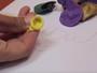 Bola de festa serve para apagar papel escrito à lápis? Testamos