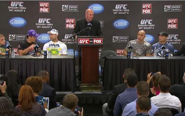 Dana White, Lyoto e Shogun na coletiva do UFC (Foto: Reprodução / Youtube)