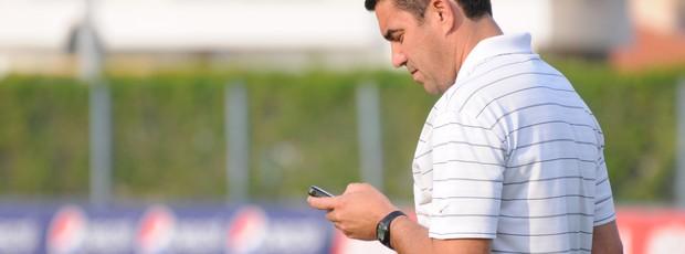 Marcelinho Paulista, gerente de futebol do Avai (Foto: Savio Hermano / GLOBOESPORTE.COM/SC)