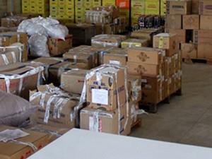 Leilão com bens e produtos apreendidos acontece nesta terça-feira (5) (Foto: Walter Paparazzo/G1)