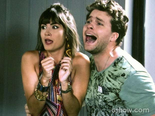 Patrícia e Niko em pânico (Foto: Amor à Vida/TV Globo)