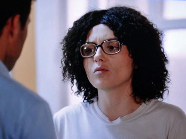 Scarlett alerta Ricardo sobre a mentira da mãe (Foto: TV Globo)