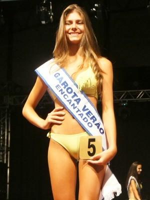 Garota veraão Encantado, RS (Foto: Gabriela Loeblein/G1)