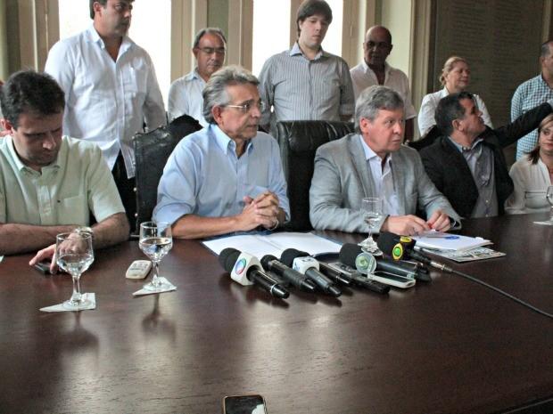 Pauderney Avelino anuncia metas da Semed para 2013, em Manaus (Foto: Adneison Severiano/G1 AM)