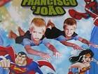 Filhos de Fernanda Lima viram super-heróis em convite de aniversário