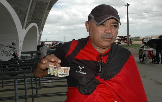 francisco de assis, campinense, torcedor, copa do nordeste (Foto: Lucas Barros / Globoesporte.com/pb)