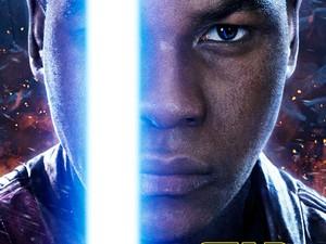 Finn (John Boyega) segura seu sabre de luz no pôster de 'Star Wars: o despertar da Força' (Foto: Divulgação)