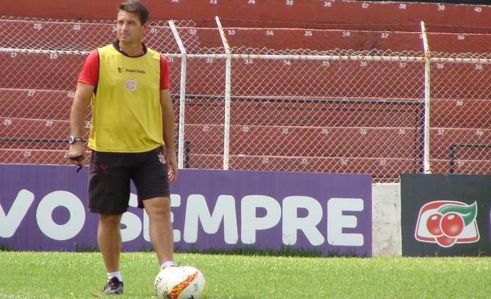 Técnico do Paulista, Giba (Foto: Divulgação/Paulista FC)