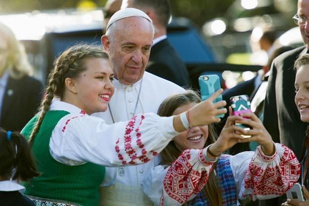 Papa Francisco é recebido por Obama na Casa Branca (Foto: Cliff Owen/AP)