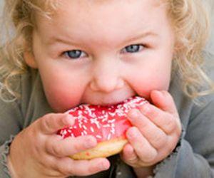 Obesidade infantil: consumo precoce de carboidratos é uma das causas