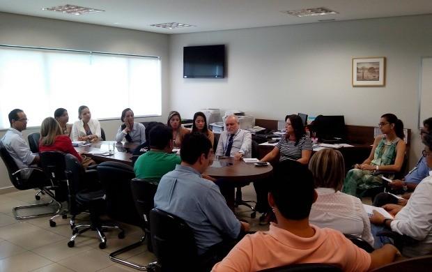 Reunião de lançamento da ação de natal da TV Acre em parceria com o Sesc (Foto: Thiago Cabral)