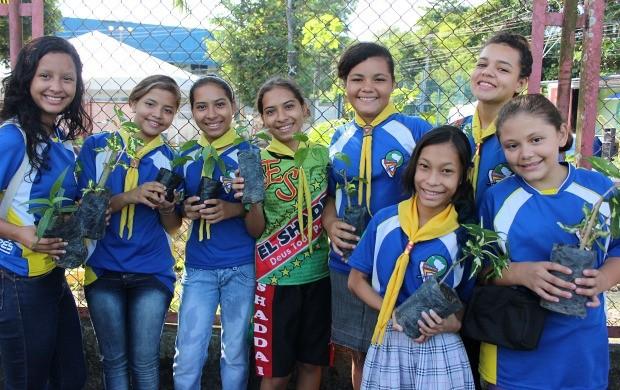 Grupo de 'Desbravadores' prestigiou o evento e deu sua contribuição (Foto: Katiúscia Monteiro/ Rede Amazônica)